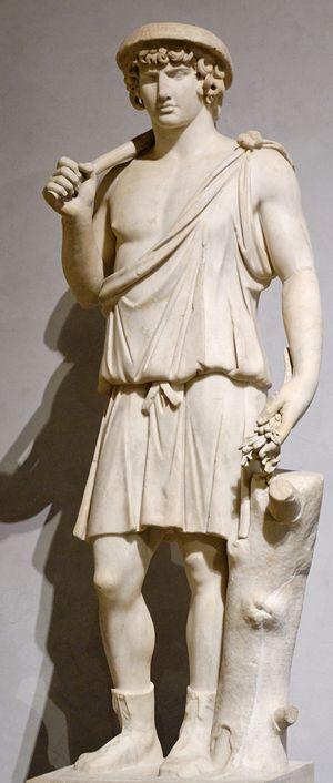 Ο Αντίνοος ως Αρισταίος. Έργο φιλοτεχνημένο μεταξύ 130 και 138 μ.Χ.
